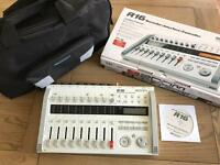 Zoom R16 multitrack recorder with bag