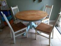 Country cottage, shabby chic dining table and chairs