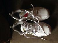 Brand new size 9 men's New Balance Sneakers