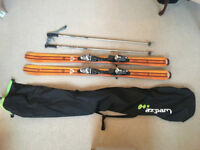 Excellent Rossignol 158cm skis with binding, poles and bag