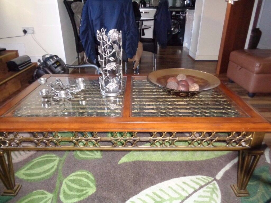 2 piece coffee and lamp table set
