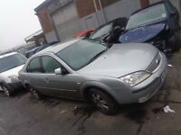 BREAKING FORD MONDEO MK3 1.8l PETROL 2006