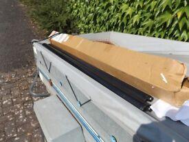 UNUSED FARAD BARS IRON 2 110CM ROOF RACK - 2 BARS & NO FIXINGS