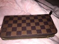 Louis Vuitton Zippy Wallet CA means spain, 0183 means 8th week 2013 site makes pic look funny