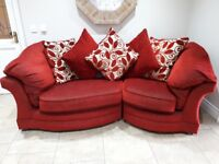 Beautiful 3 seater red sofa, very comfortable. Excellent condition