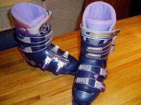Ladies Rossignol Ski Boots