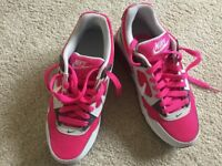 Junior/ Ladies Nike Air Max Trainers (NEVER WORN - Size 3 1/2 (Eur 36))