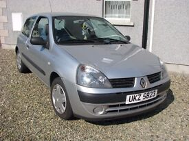 Good condition Renault CLIO 3 doors, cheap