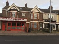 3 flats for rent at £900 each. If your interested please call on 07961199495.in Biscot Road area