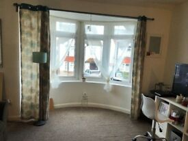 *** EXCELLENT ONE BEDROOM APARTMENT ***