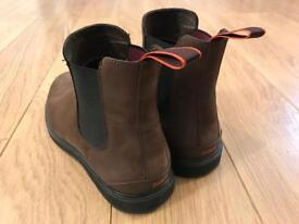 Size 9 SWIMS Suede Chelsea Boots
