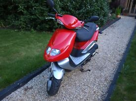 Taiwan Golden Bee (TGB) Scooter 49cc Model 302 Moped good runner NEW serviced full MOT
