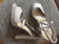 Peep toe ankle strap pumps