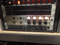 Behringer Tube Ultra Gain Vintage T1953 vacuum pre-amplifier