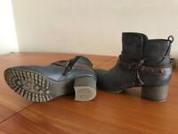Mustang ankle shoes size 38 eur