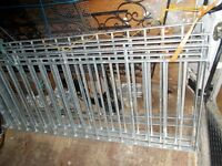 4 NEW GALVANISED RAILINGS 4 SECTIONS 5FT 7 INCHES LONG 30 inches HIGH £100