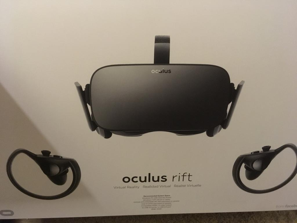 Oculus rift pc vr with touch control. Virtual reality head set
