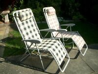 SET OF 2 GARDEN GRAVITY SUN LOUNGER FOLDING SUN RECLINING CHAIRS