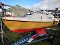 Hunter 19 Sailing Yacht/Boat/Cruiser on Galvanised Trailer