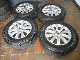 GENUINE 2013 VW AMAROK HIGHLINE ALLOY WHEELS AND TYRES
