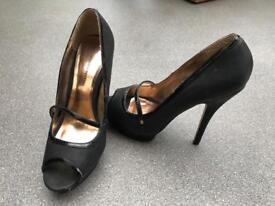 Dorothy Perkins high heels size 6