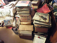 HUGE COLLECTION APPROX 750 VINYL RECORDS LPS CLASSICAL POP JAZZ EASY ETC & 50 45S 503-60S