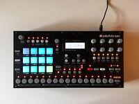 Elektron Analog Rytm: Drum Machine