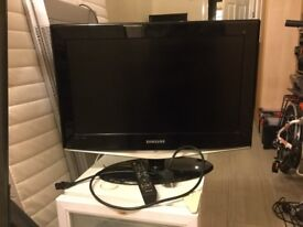 Samsung 28 inch TV with HDMI