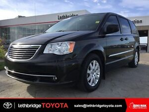 Value Point 2013 Chrysler TownCountry Touring - BLUETOOTH!