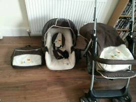 Winnie the pooh pushchair and carseat set