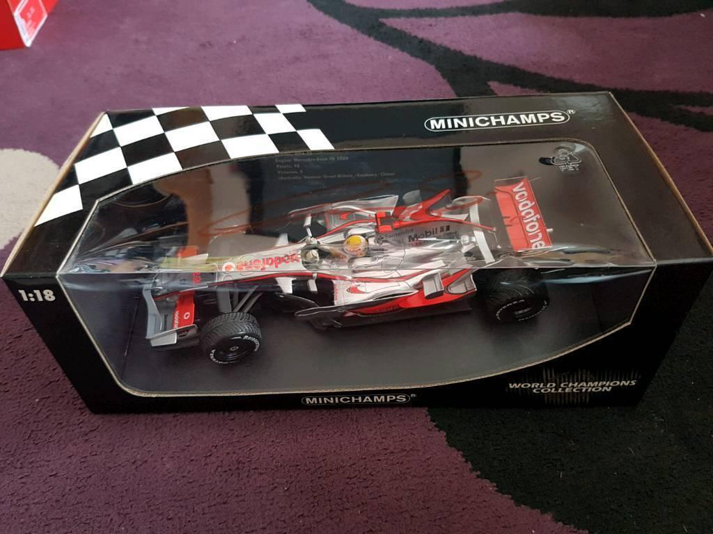 Minichamps 1:18 Lewis Hamilton 2008 World Champion Diecast Car