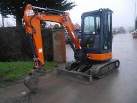 Mini digger and operator for hire, Hydrulic Log splitting service