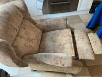 Recliner arm.chair