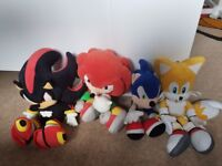 Four Sonic characters soft toys bundle for sale