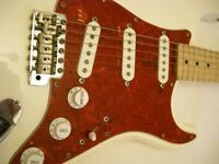 Fender Japan Vintage Squier '50s Stratocaster electric guitar - Japan - '80s - E-serial - Red-guard