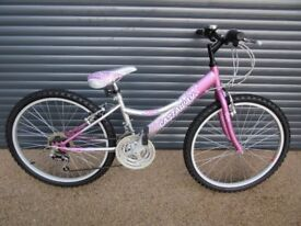 GIRLS FALCON CASTAWAY LIGHTWEIGHT BIKE IN EXCELLENT CONDITION. (IDEAL PRESENT). SUIT APPROX. AGE 8+
