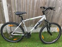 Trek 3700 Mountain Bike for sale in good condition.