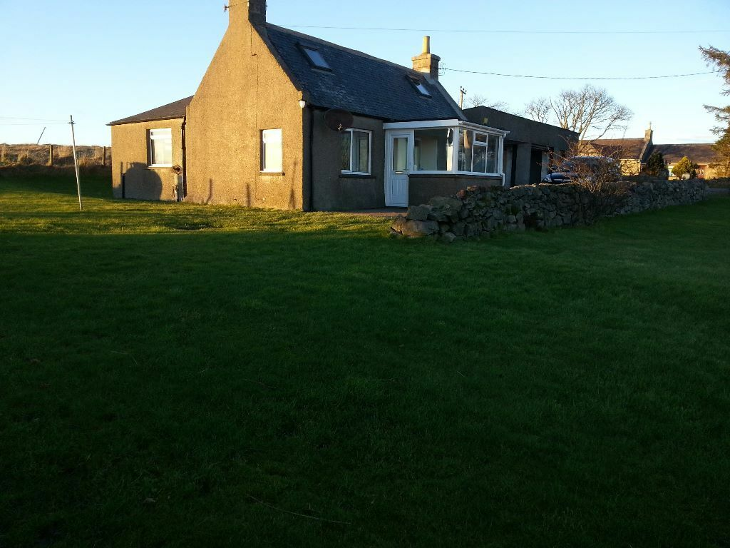 2 Bedroom Cottage To Rent With Large Garage Workshop
