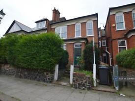 2 bedroom flat in Earlsthorpe Road, London, SE26 (2 bed)