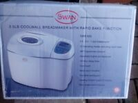 Swan Breadmaker. Boxed. Unused.
