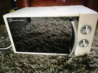 Microwave - Russell Hobbs