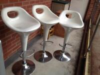 Gas lift chairs