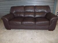 Brown Leather 3+2-seater Suite (Sofa) with matching Footstool