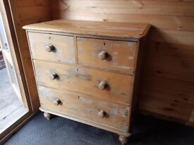 SOLID PINE DISTRESSED CHEST OF DRAWERS