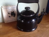 Le Crueset Black kettle 2.1 litre
