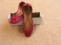 Brand new flat ladies shoes