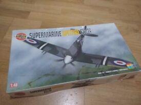 Airfix Supermarine Spitfire F22/24 1:48 (unused)