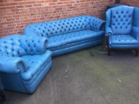 Chesterfield vintage in blue baby leather