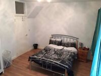 (PRIVATE) Huge Double room available to rent in an awesome shared house.
