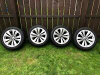 Bmw 18in staggered alloys mint tyres